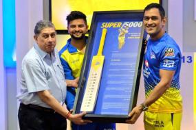 IPL 2019 | CSK Felicitate Raina for Completing 5000 Runs