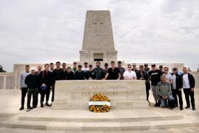 Australia Seek Inspiration From WW1 Battleground Visit
