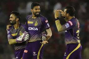 IPL 2019   DK Was Telling Players To Be On Their Toes: Warrier