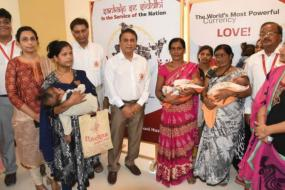 Sunil Gavaskar to Sponsor Heart Surgeries for Children