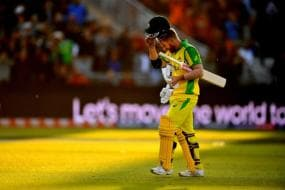 David Warner Joins Australia Charm Offensive in South Africa