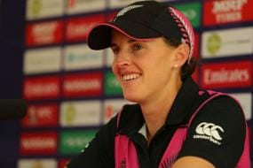 New Zealand Cricketers Satterthwaite & Tahuhu Announce Pregnancy