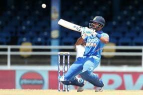 India vs West Indies: Shreyas Iyer Best for No. 4 and Rishabh Pant Should be at 5: Gavaskar