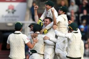 In Pics: Australia Celebrate Retaining The Ashes in Manchester