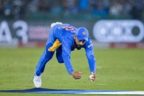 India vs South Africa: Superman! Virat Kohli Takes Stunning Catch to Remove de Kock
