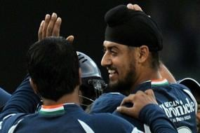Gilchrist Believed That if Harmeet Plays, Deccan Chargers Wins: RP Singh