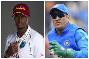 Fans Call Out ICC's 'Hypocrisy' to Ban MS Dhoni's Army Insignia Gloves as Windies Set to Sport BLM Logo