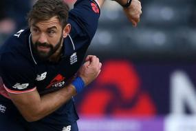 After Considering USA Move, Plunkett Says Still Good Enough to Play for England