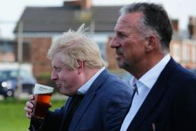 Ian Botham to be Made a Lord by Boris Johnson for His Support for Brexit: Report