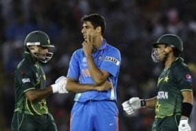 Ashish Nehra Recalls How Shahid Afridi & Shoaib Akhtar Came to His Rescue During 2011 WC Semis