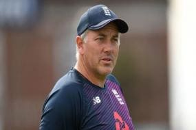 England vs Pakistan 2020 | Chris Silverwood Backs Suggestions for Early Start of Play in Tests