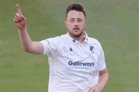 England vs Pakistan 2020 | Pacer Ollie Robinson Added to England's Bio-Secure Bubble