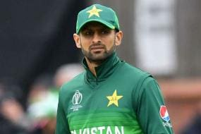 Shoaib Malik Becomes First Asian Cricketer to Score 10,000 T20 Runs