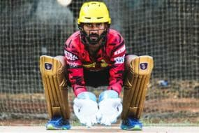 IPL 2020: AB de Villiers is World Class and is Hard to Stop on His Day, Says Dinesh Karthik