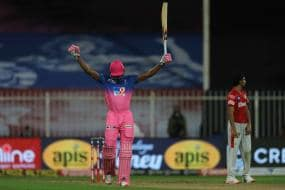 IPL 2020: Jofra Archer Has the Last Laugh After KXIP Take a Dig at His Bowling Figures