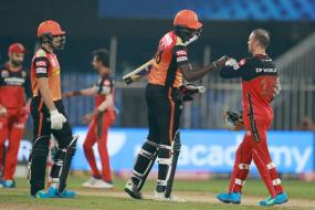 IPL 2020: Clinical Sunrisers Hyderabad Beat Royal Challengers Bangalore By 5 Wickets, Keep Play-off Hopes Alive