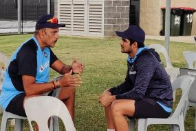 India vs Australia: Ravi Shastri Enjoys A 'Good Conversation' With Shubman Gill Ahead of Series Opener