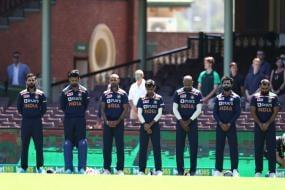 India Sport Black Armbands in Memory of Phil Hughes & Dean Jones