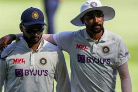 It was Father's Dream That Siraj Should Represent India in Tests, Says Pacer's Brother