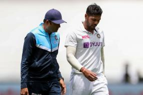 India vs Australia: Umesh Yadav Doubtful for 3rd Test After Suffering Calf Muscle Injury