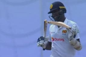 England vs Sri Lanka: Mark Wood's 91-MPH Delivery Breaks Angelo Mathews' Willow into Two
