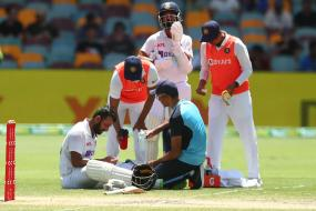 India vs Australia: WATCH - Cheteshwar Pujara in Firing Line of Bouncer Barrage, Injures Finger
