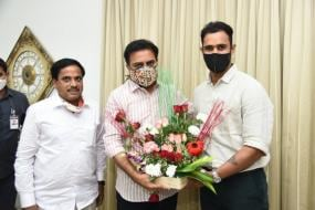 Hanuma Vihari Meets Telangana Minister KT Rama Rao, Talks Cricket