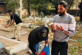 India vs Australia: Mohammed Siraj Visits Father's Grave Upon Return to Hyderabad