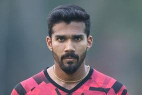 Syed Mushtaq Ali Trophy 2021: Sandeep Warrier Named in India Squad as Net Bowler, But There is a Problem