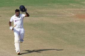 India vs England: Batsman Ashwin, Virat Kohli and Spinners Put India in Driver's Seat on Day 3
