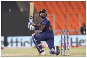 India vs England: Who Will Replace Iyer - Suryakumar Yadav Or Rishabh Pant?