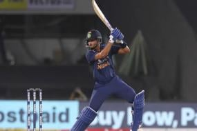 Out of Action Shreyas Iyer Finds Motivation for Comeback on Instagram; Watch Video