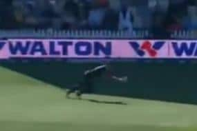 WATCH - Trent Boult Takes a One-handed Blinder to Get Rid of Liton Das