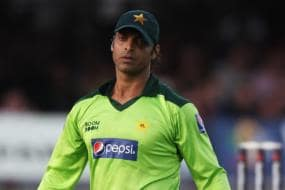 Shoaib Akhtar Asked for Final Tickets, Asked him to Come as Spectator - Harbhajan Singh