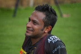 IPL 2021: 'He Gives Us a Different Dynamic,' KKR Skipper Eoin Morgan Explains Shakib Al Hasan's Role