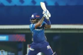 IPL 2021: 'Would You Not Ask Virender Sehwag to Open': Experts Question MI's Tactics Against PBKS