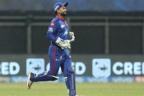 IPL 2021: WATCH-Rishabh Pant Fluffs an Easy Run Out Chance of Jaydev Unadkat