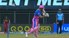 IPL 2021: Riyan Parag Brings Out MS Dhoni's Signature 'Helicopter shot' Against RCB | WATCH