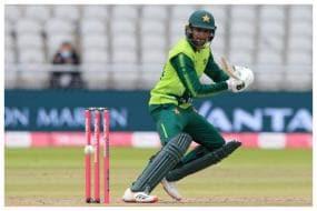 Shoaib Malik Reveals How Zaheer Khan, Ashish Nehra Gave Tough Time to Pakistani Batsmen