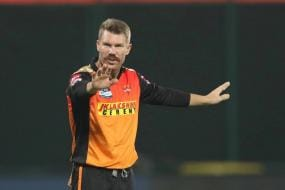 Why Can't Coaches be Treated the Same? Sunil Gavaskar Unimpressed With SRH Captaincy Snub to David Warner
