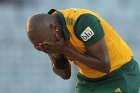Former South African Pacer Lonwabo Tsotsobe Makes Big Allegation, Accuses Graeme Smith of Racism