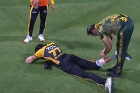 PSL 6: Peshawar Zalmi Denied Substitute Fielder for Two Overs After Mohammad Irfan Injury