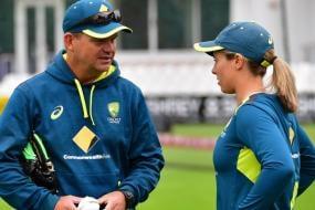 Australia Women's World Cup-winning Coach Matthew Mott Signs 2-year Extension