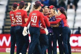 Women's T20I: Nat Sciver's All-round Show, DLS Floor India in Northampton