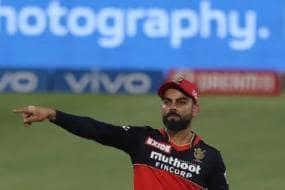 IPL 2021: Umpires Will Sleep a Bit Better, AB de Villiers Jokes as Virat Kohli Plays Last Game as RCB Captain