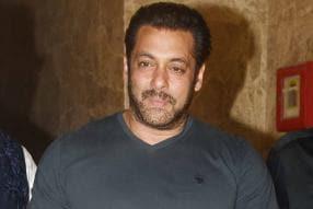 Baaghi 2: Salman All Praise for Jacqueline's 'Ek Do Teen', Saroj Khan Refuses to Comment