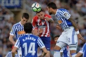 Atletico Loss Leaves Barca Close to Title, Malaga Relegated