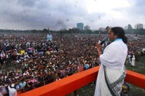 'Those Who Can't Build a Tent, Want to Build Country': Mamata Targets Modi Govt