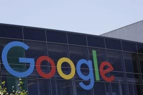 Google Will Start Charging a Fee From Android Device Makers in Europe For Using Its Apps