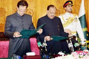 Promises, Promises! Imran Khan Raises Pakistani Hopes Sky High